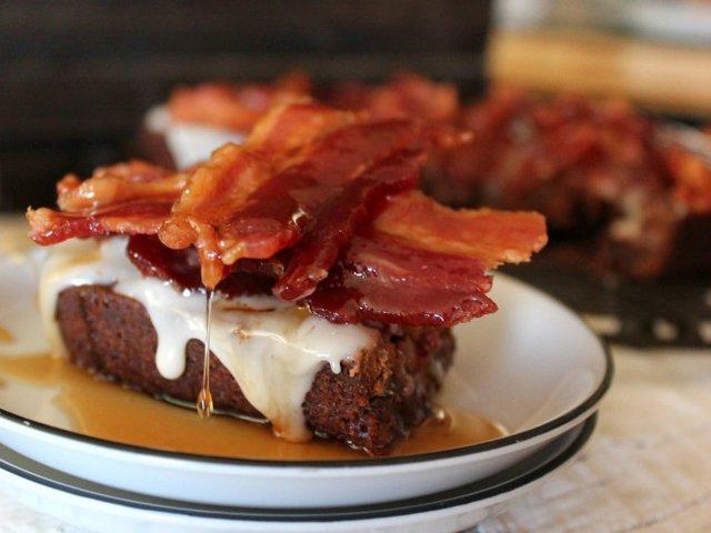 Smokin Pig Licker Brownies