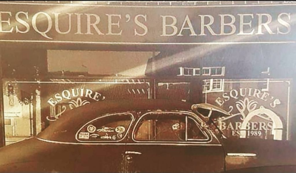 esquires barbers shopfront