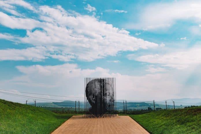 nelson mandela art in south africa