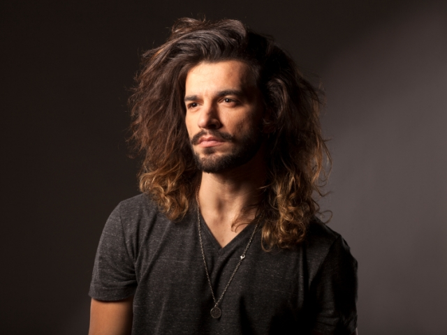 Tips For Men Growing Long Hair